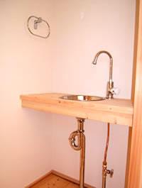 シンプルな手洗い器